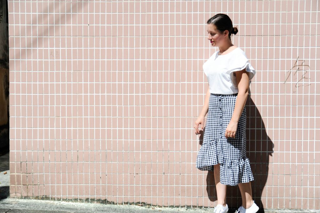 GINGHAM AND FRILLS