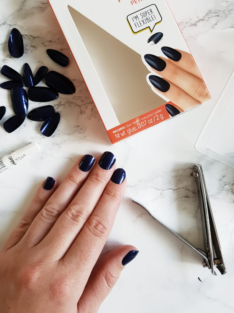 TESTED : ELEGANT TOUCH NAILS