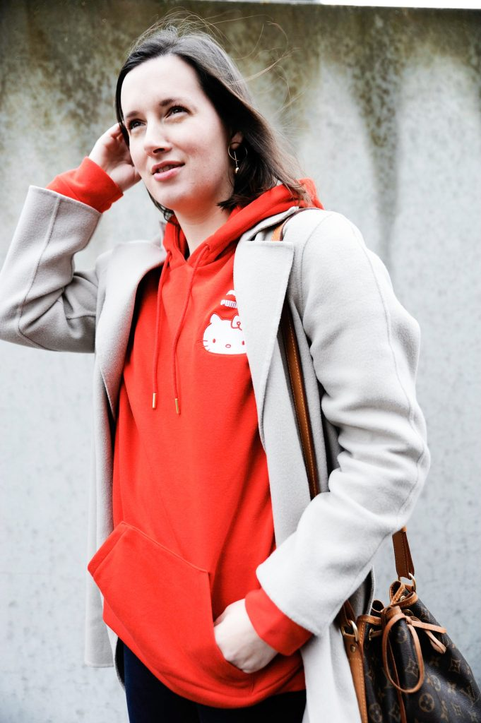HOW TO WEAR THAT BRIGHT RED HOODIE