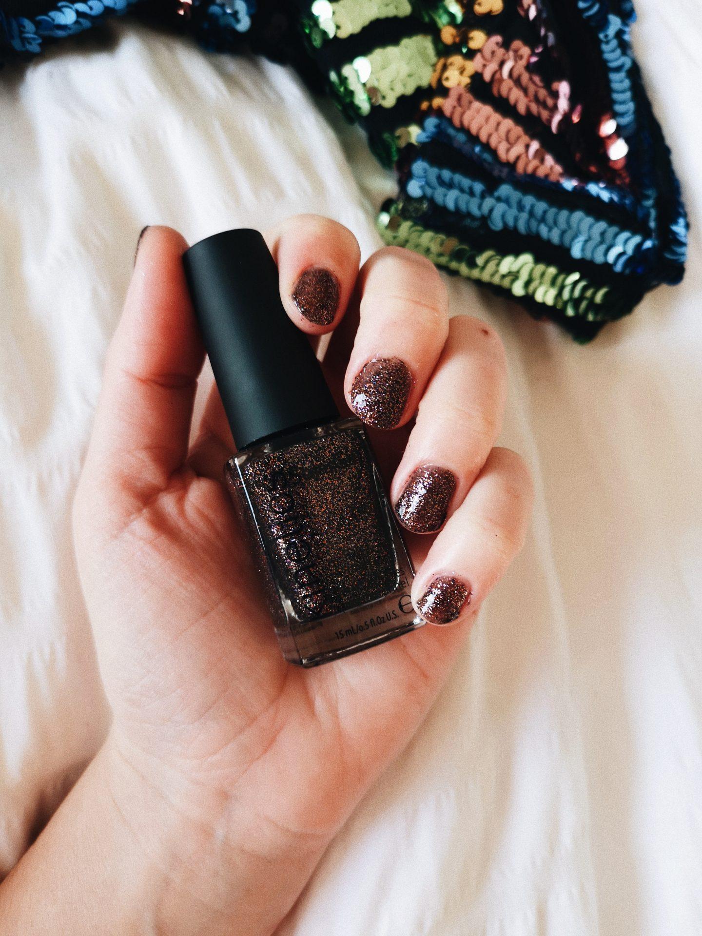 tinten nagellak feestdagen glitter bruin donker