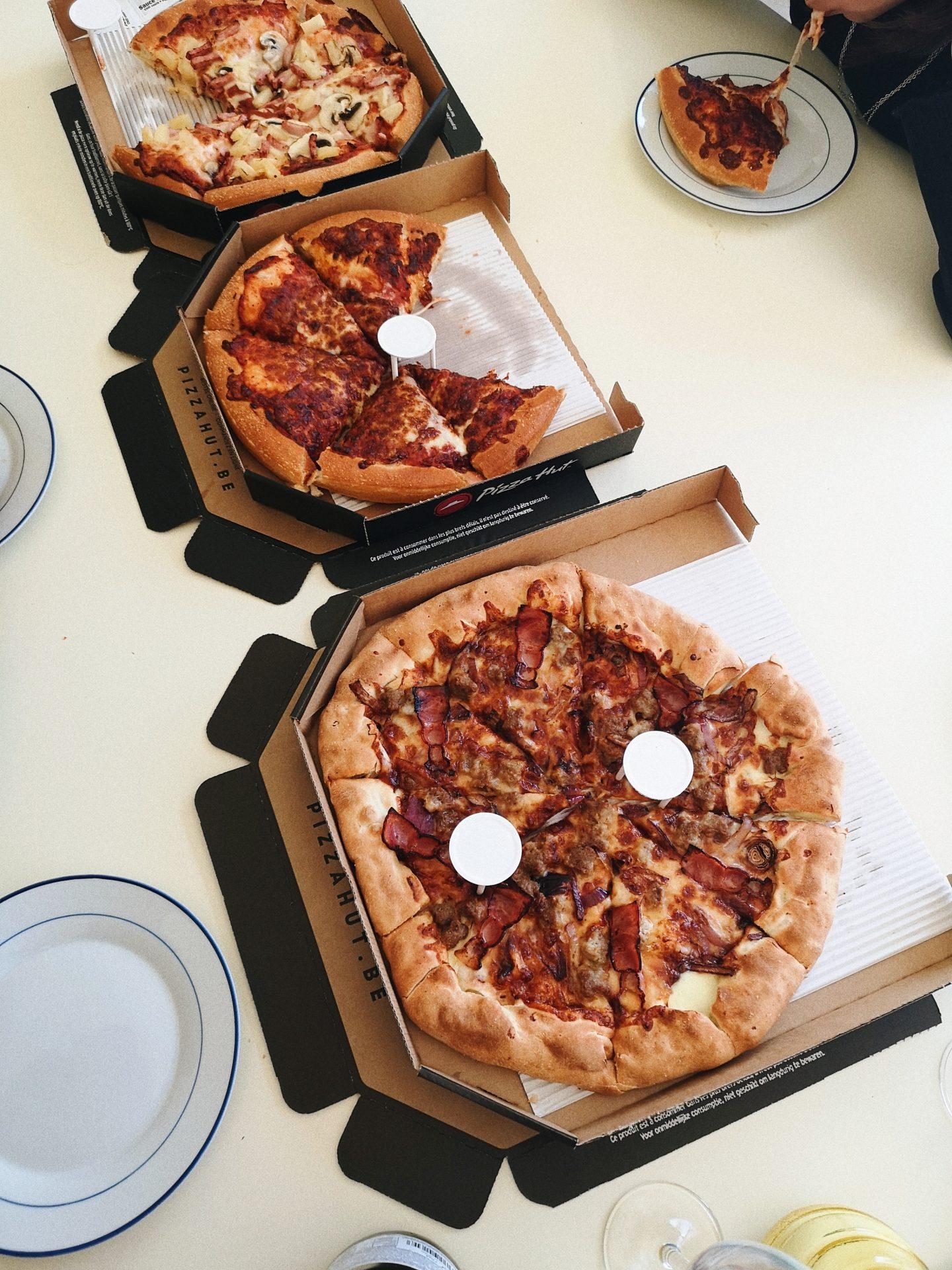 pizza hut takeaway